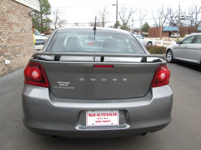 B And B Auto Sales Marks Ms 2013 Dodge Avenger